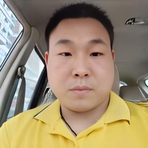 苏宁王小松